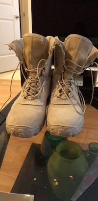 pair of brown work boots Bethesda, 20814