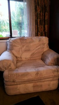 Free rarely used armchair Burnaby, V5B