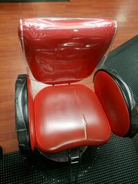 red and black leather padded salon chair Virginia Beach, 23462