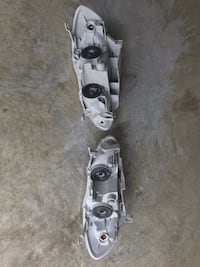 Toyota corolla  headlights and taillights  Chantilly, 20152