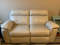 Beige Leather Reclining Couch (Must go this week) Westerville, 43082