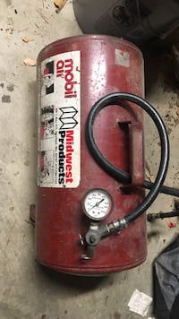 Red Midwest products air compressor