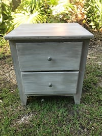 Night stand/end table Metairie, 70005
