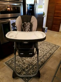 1 month old Graco high chair