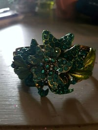 Beautiful turquoise flowers cuff bracelet  Whitby, L1N 8X2