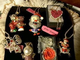 BetseyJohnson collection Necklaces 12-14$