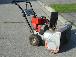 "((((( DEAL OF THE DAY TODAY $300.00 FIRM ))))) MUST SELL TODAY 21"" CRAFTSMAN SNOWBLOWER BUY NOW AND SAVE $$$$!"