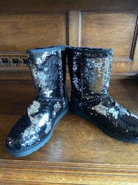 SEQUIN LADIES UGG STYLE BOOTS SIZE 8