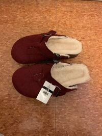 Winter sandals size 6