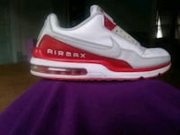 unpaired red and white Nike Air Max sneaker