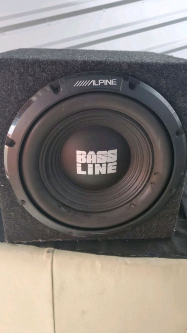 Alpine bass line sounds subwoofer  06b53c01-a1b1-464d-84db-9bd43f13e388
