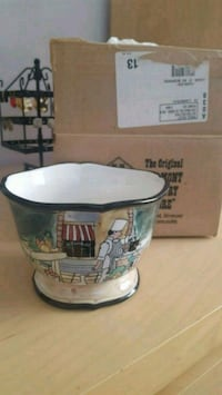 New in Box Hand Painted Dish Los Angeles, 90034