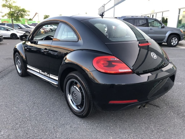 Volkswagen Beetle 2012 bbcfbe9f-b1d8-4e7f-9467-ae22cdf92815