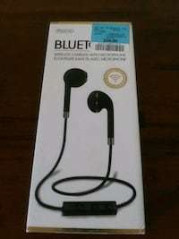 black and gray wireless stereo headset box Guelph