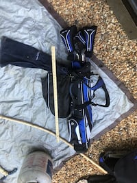 Golf clubs and carry bag Annandale, 22003
