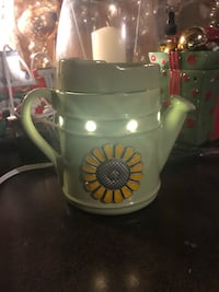 SCENTSY WATERING CAN WAX WARMER  North Dumfries, N0B