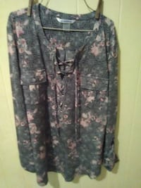 women's gray and pink floral printed long-sleeve