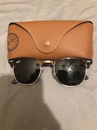 Tortoise color ray-ban clubmaster sunglasses with case Passaic, 07055