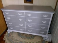 Contrasting gray Dresser with mirrored Hutch Belleview, 34420