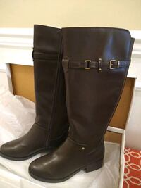 Women's size 8 knee high boots Centreville