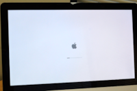 "iMac 21.5""  Mid 2011* 8 GB * 500 GB * Core i5 * Works Great 3743 km"