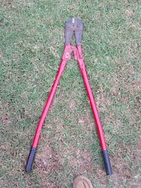 red and black bolt cutter