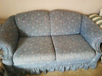 gray and white floral fabric 2-seat sofa Lubbock, 79413