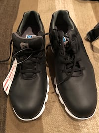 BNWT Footjoy men's black golf shoes sz 9.5 US