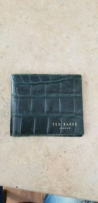 Dark green leather Ted Baker wallet Vancouver, V6B 0E4