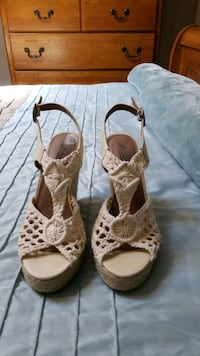 shoes size 8.5  Worcester, 01602