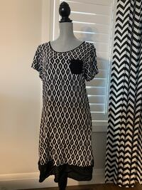 Anne Klein Woman's dress size L London, N6M 0E5