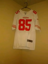 49ers embroidered Vernon davis jersey used Salinas, 93905