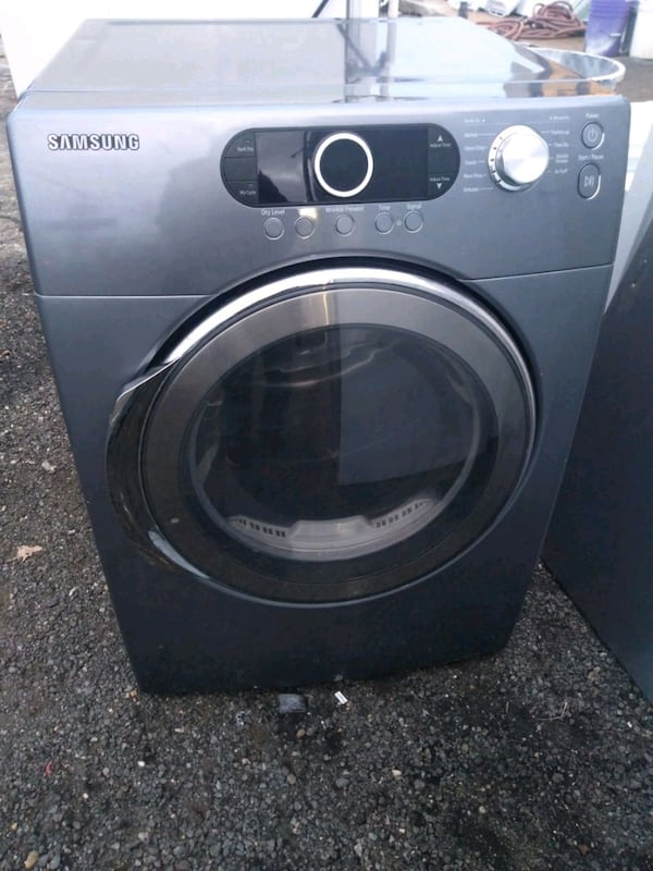 Samsung heavy duty dryer works good free delivery 6 month warranty e22c8553-85fd-4a78-b57e-ad796b28e60d