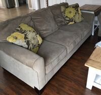 Sofa and Love seat  Youngstown, 44512