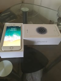 Gold iphone 6 with box Chicago, 60612