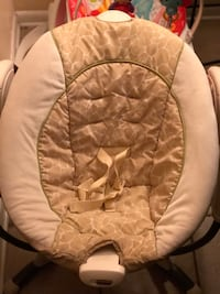 baby's white and brown bouncer Houma, 70364