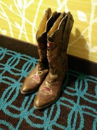 brown-and-purple leather double rose-scalloped R-toe mid-calf cowboy boots San Marcos, 78666