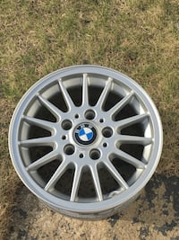 15 inch BMW rims Manchester, 03102