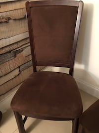 brown wooden framed brown padded chair Hialeah, 33015