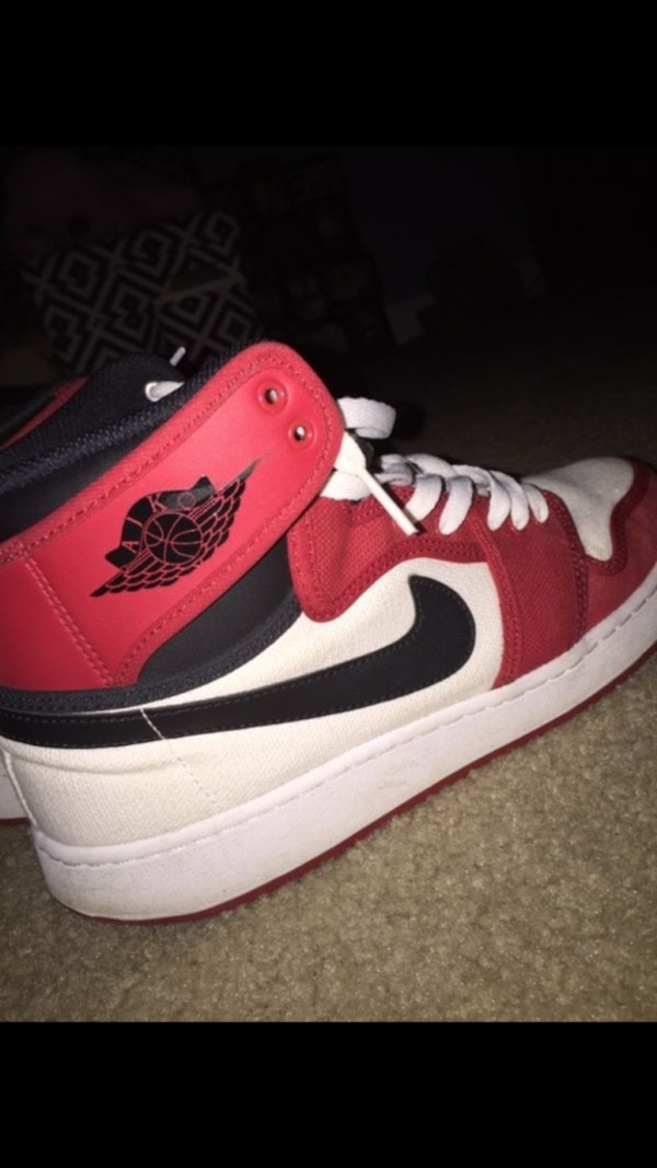 watch a50e0 2ad5c white, black, and red air jordan 1