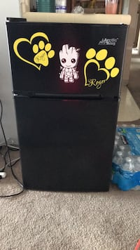 mini Fridge San Bernardino, 92408