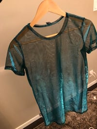Black and blue scoop neck long sleeve shirt Vancouver, V6B