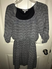 Black and gray long-sleeved dress  Visalia, 93292