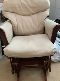 Gliding chair and Ottoman Burnaby, V3N