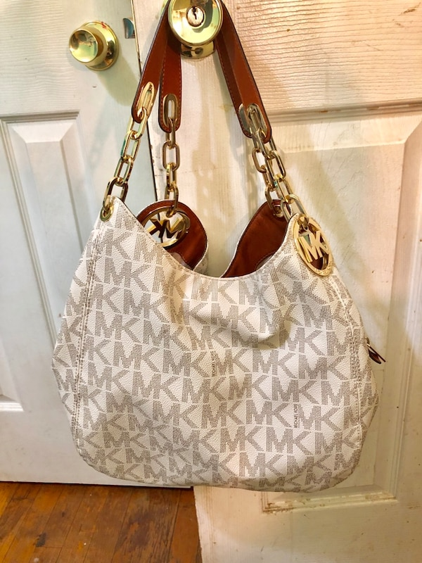 d252e5d04e86 Used Michael Kors Fulton Large Logo Shoulder Bag for sale in South Blooming  Grove - letgo