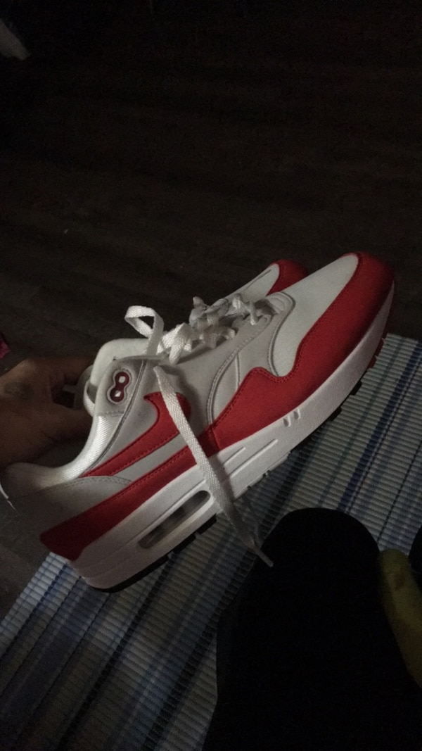 3fe1b189a3388 Used pair of white-and-red sneakers for sale in Norcross - letgo