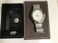 Round silver chronograph watch with link bracelet Toronto, M5P 2X7