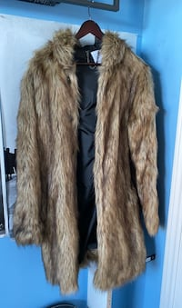 Urban Outfitters Mens Fur Coat  Vaughan, L6A 2M2