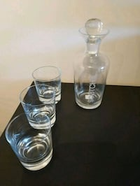 Scotch decanter set includes 3 glasses Mississauga, L5N
