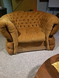 Very comfortable Lounge chair